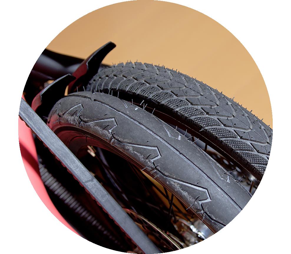 STRiDA タイヤ交換