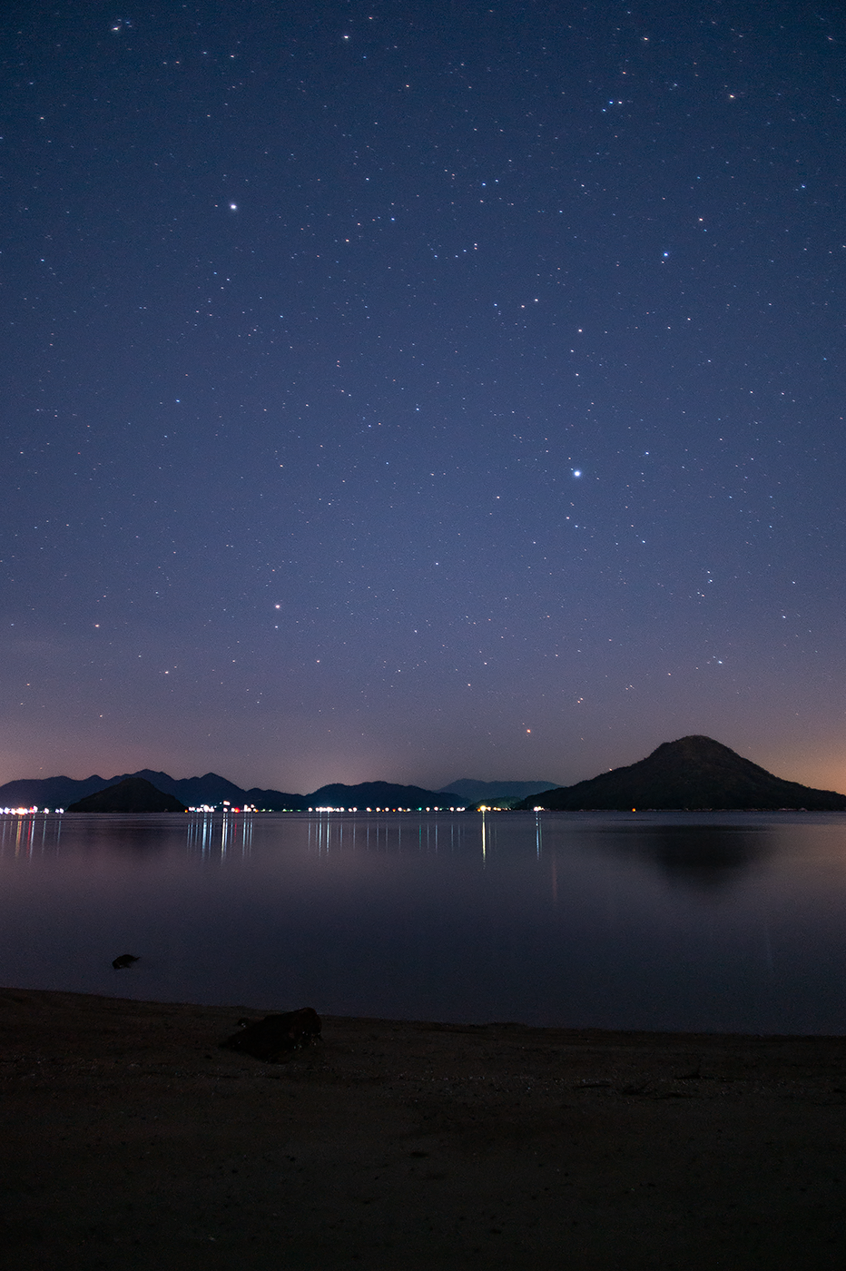 Nikon Df:NIKKOR-N・C Auto 24mm F2.8 + Kenko Starry Night & MC Pro Softon(A):ISO2000 f2.8 30s